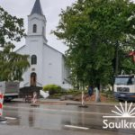 Uzsākta gājēju pārejas izbūve Ainažu un Smilšu ielu krustojumā (pie baznīcas)